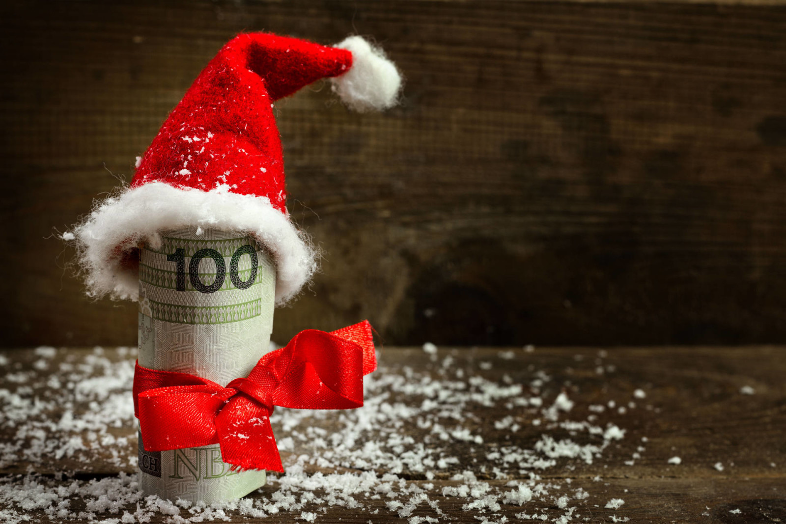 Five Ways to Stay out of Debt this Holiday Season.
