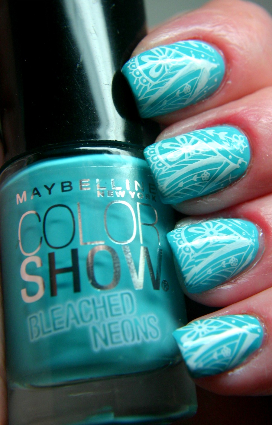 When Bright Neon Nail Polish has Been Over Done.. - www.beingmelody.com